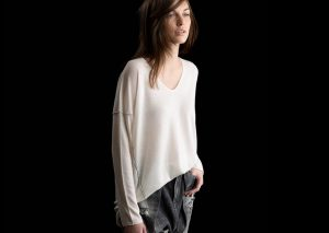 L/S Boxy Tee, Ivory, 100% Fine Worsted Cashmere | Paychi Guh