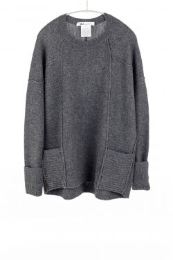 Paychi Guh | L/S Pocket Crew, Dk H Grey, 100% Cashmere