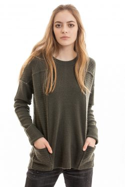 Paychi Guh | L/S Pocket Crew, Olive, 100% Cashmere