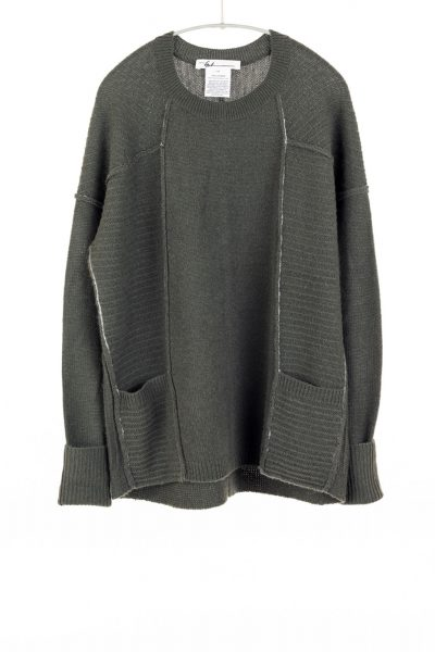 Paychi Guh | L/S Pocket Crew, Olive, 100% Cashmere