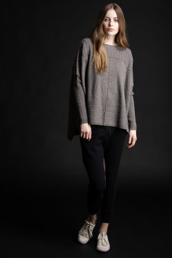 Paychi Guh | Slim Sleeve Poncho, Otter, 100% Cashmere