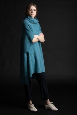 Paychi Guh | Dreamy Poncho, Peacock, 100% Dreamy Cashmere