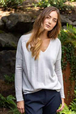Paychi Guh   V-Neck Pullover, Stone, 100% Refined Cashmere