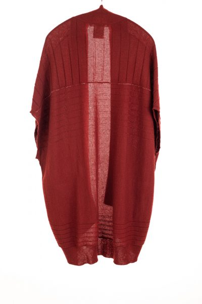 Paychi Guh | High-Low Vest, Syrah, 100% Refined Cashmere