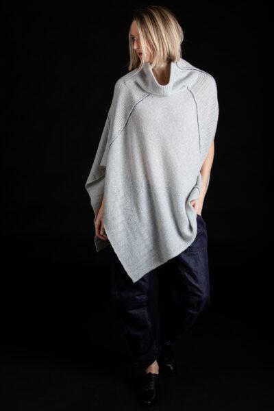 Paychi Guh | Dreamy Poncho, Mist, 100% Dreamy Cashmere