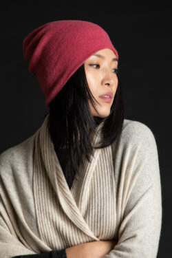 Paychi Guh   Slouchy Beanie, Coral, 100% Cashmere