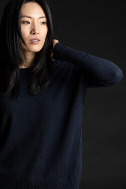 Paychi Guh | Relaxed Luxe Crew, Navy, 100% Baby Cashmere
